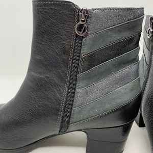Jambu, Black Booties Size 10M (808)